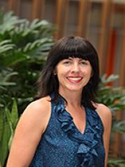 Dr Nicole Hartley